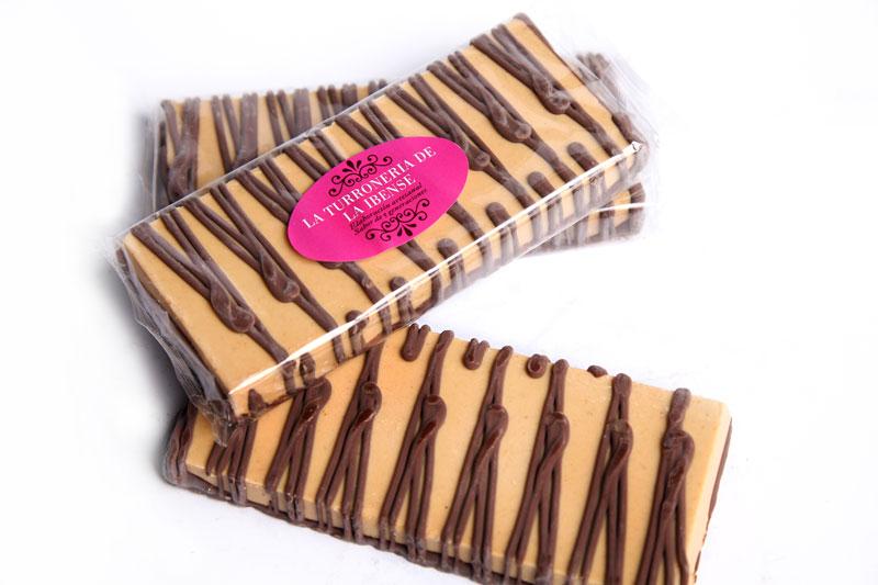 Crema de Jijona con Chocolate. Barra 200gr.